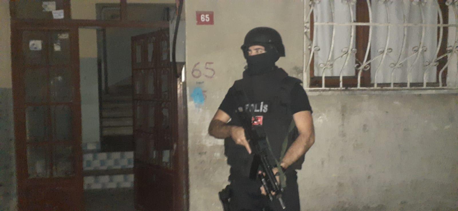 İstanbul'da terör örgütü PKK'ya yönelik operasyonda 6 kişi gözaltına alındı